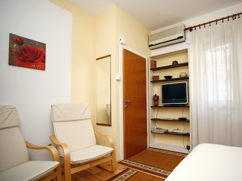Estudio apartamento para 2 adultos + 1 niño