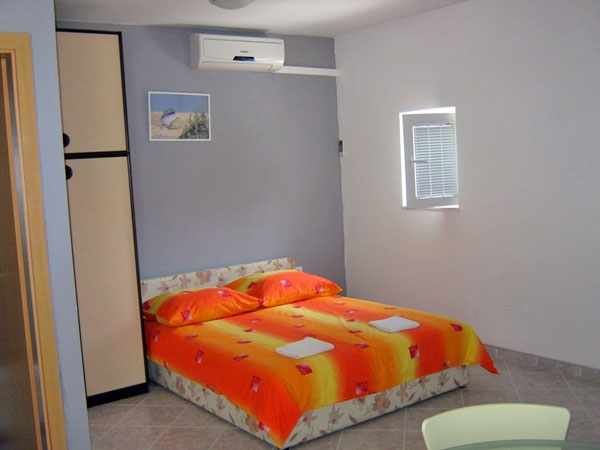 Studio apartment for 2+2 persons