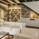 Luxury Accommodation Divota